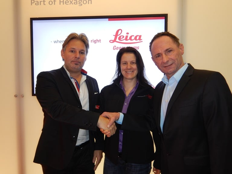From left to right: Michael Pegam, Managing Director Geolantis GmbH; Katherine Broder, President of Construction Tools Division Leica Geosystems; Klaus Kienzl, Managing Director Geolantis GmbH