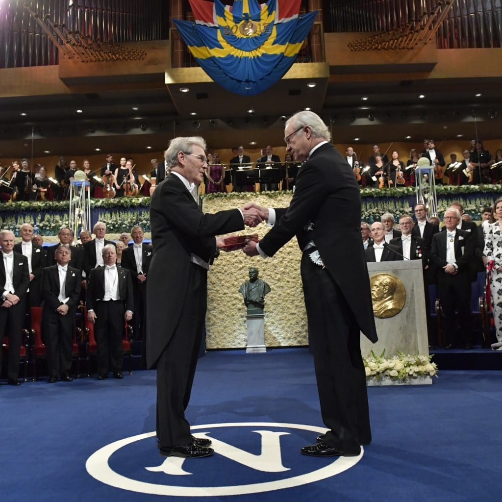 chemistry nobel prize essay Alan burdick discusses the 2017 nobel prize in chemistry, which was awarded to jacques dubochet, joachim frank, and richard henderson, for pioneering the technique.