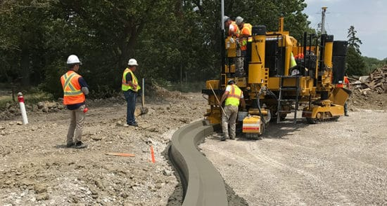 Building roads in Belgium with 3D stringless paving