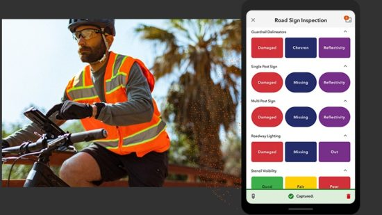 ArcGIS QuickCapture a one-touch field data collection application