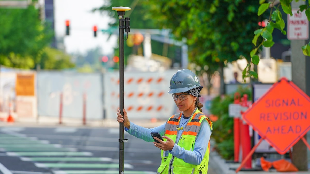 New Trimble DA2 GNSS Receiver